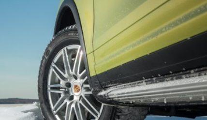 Сезонные хлопоты: как подобрать зимнюю резину на автомобиль и не ошибиться?