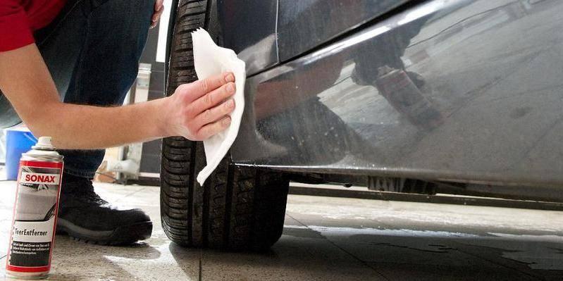 чем удалить смолу с автомобиля