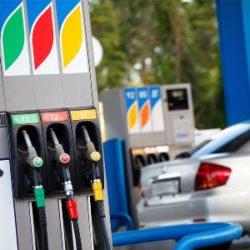 Где лучше заправляться в Москве и СПБ, на М4 и прочих трассах России: рейтинг АЗС по качеству бензина