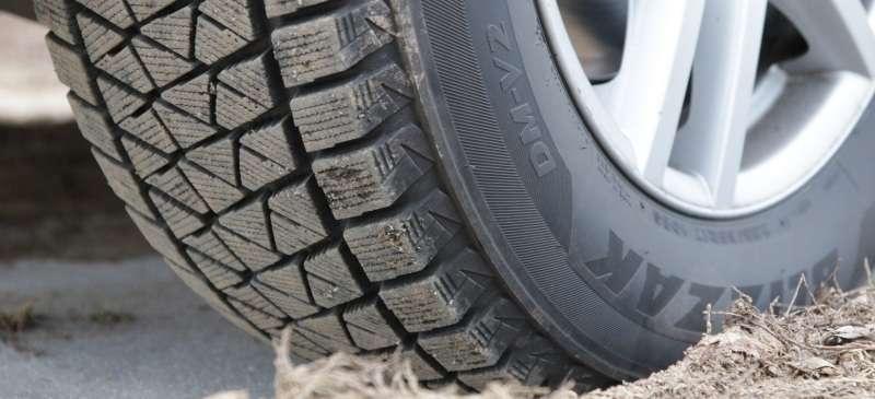 Bridgestone Blizzak DM V2 3 - Тесты шипованных шин для внедорожников 2018