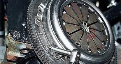 Демонтаж и установка сцепления ВАЗ 2110 своими силами
