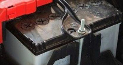 Теряем АКБ: почему кипит аккумулятор на машине на работающем двигателе
