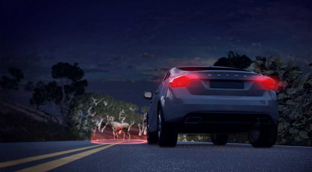 новый седан-премиум Volvo S90