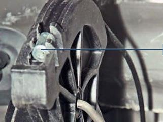 скрип педали сцепления автомобиля Рено Логан