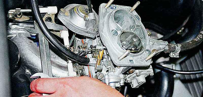 как отрегулировать тяги карбюратора на ВАЗ 2106