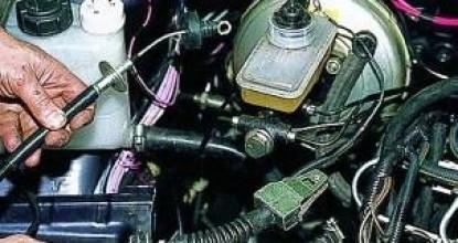 Как самому заменить и отрегулировать трос привода муфты на Lada Samara?