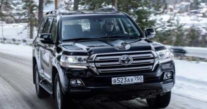 Как показал себя новый Toyota Land Cruiser 200 2016 и фото внедорожника