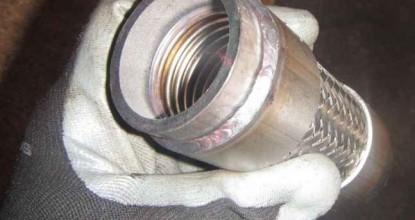 Вода из глушителя и замена гофры глушителя своими руками в гаражных условиях